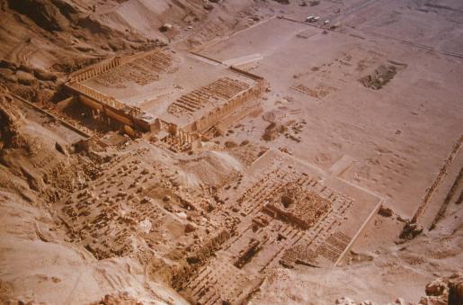 Deir El Bahari and Temple of Hapsetshut