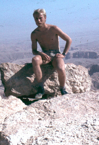 1980 Chris 24 years Above Valley of the Kings, Egypt